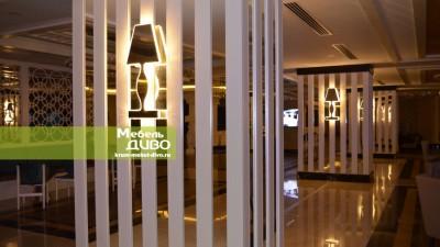 Декор колонны воблицовке МДФ изеркал сподсветкой