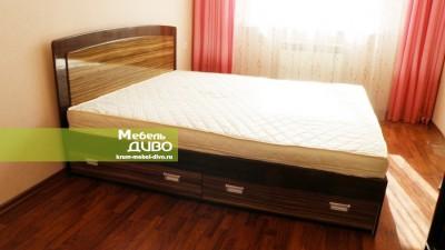 Кровати свыдвижными ящиками